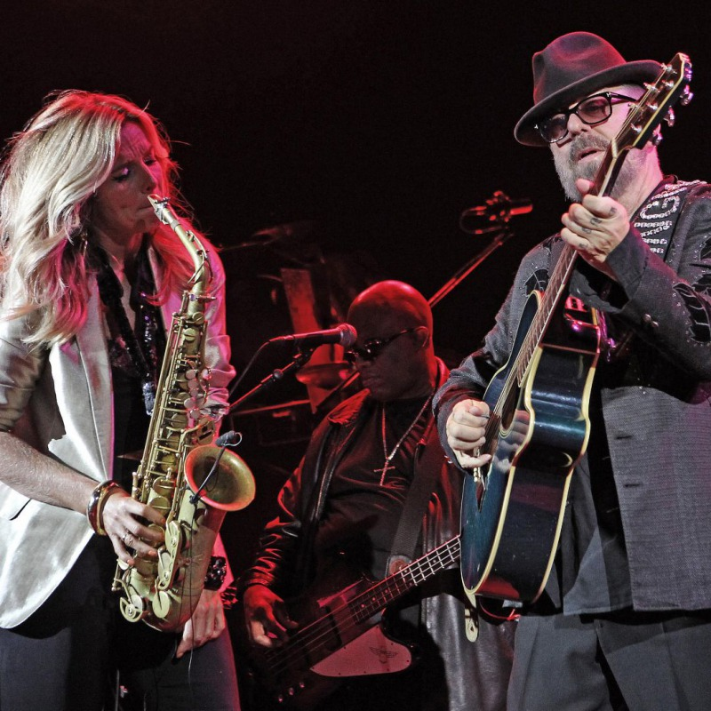 Song of the week: Candy Dulfer & Dave Stewart - Lily Was Here